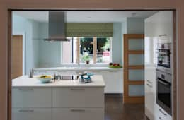 modern Kitchen by Lee Evans Partnership