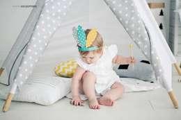Shooting Photo Pois Multicolores: Chambre d'enfants de style  par s-line.design