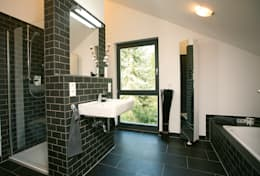 modern Bathroom by homify