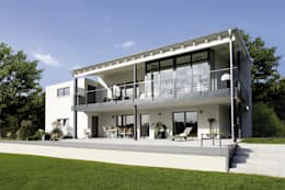 Casas unifamiliares de estilo  por FingerHaus GmbH