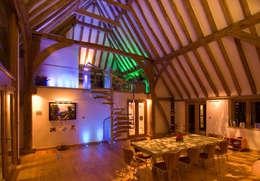 Denne Manor Barn : modern Dining room by Lee Evans Partnership