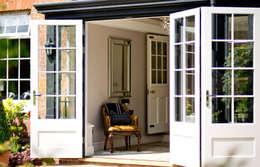 Westbury Garden Rooms: klasik tarz tarz Kış Bahçesi