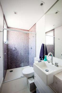 Banheiro: Banheiros modernos por Casa 2 Arquitetos
