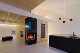 Projekty,  Salon zaprojektowane przez MARCH GUT industrial design OG