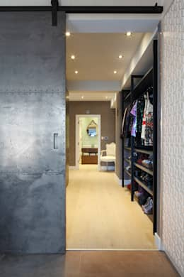 modern Living room by Ligneous Designs