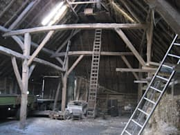 Vlaamse schuur Bolberg: moderne Garage/schuur door Arend Groenewegen Architect BNA