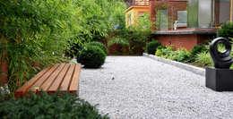 Jardines de estilo minimalista por SPRING architektura krajobrazu