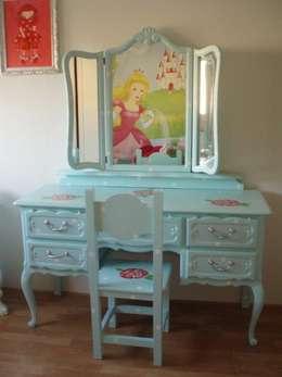 Brocante kaptafel.: rustieke & brocante Kinderkamer door Happykidsart