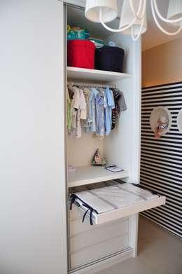 Chambre d'enfant de style de style Moderne par Juliana Farias Arquitetura