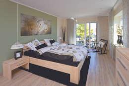 landelijke Slaapkamer door Danhaus GmbH