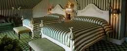 PORTE ITALIA INTERIORS: klasik tarz tarz Yatak Odası