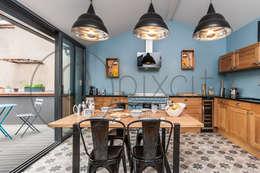 Cuisine rénovée: Cuisine de style de style Moderne par Pixcity