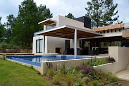 modern Pool by Revah Arqs