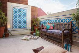 Balconies, verandas & terraces  by Biarari e Rodrigues Arquitetura e Interiores