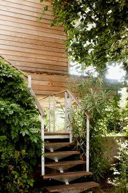 EXTENSION MAISON M33: Maisons de style de style Moderne par Cendrine Deville Jacquot, Architecte DPLG, A²B2D