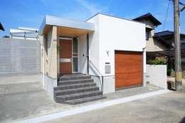 Casas de estilo moderno por ヒロ・デザイン・ラボ