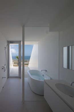 洗面・浴室: 森裕建築設計事務所が手掛けた洗面所/お風呂/トイレです。