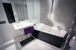 Щупальца Осьминога: Ванные комнаты в . Автор – DMYTRO ARANCHII ARCHITECTS