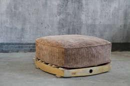 IEP! Design: modern tarz Oturma Odası
