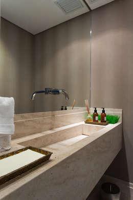 Lavabo: Banheiros modernos por Karen Pisacane