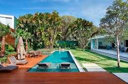Projekty,  Ogród zaprojektowane przez Landscape Paisagismo
