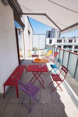 Żoliborz: styl , w kategorii Balkon, weranda i taras zaprojektowany przez Pracownia Projektowa Hanna Kłyk