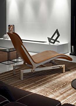 Apartamento Lolita - Belvedere: Sala de estar  por lena pinheiro - interior design