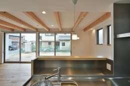 modern Kitchen by 若山建築設計事務所