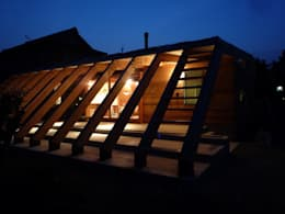 Maisons de style de style eclectique par KAZ建築研究室