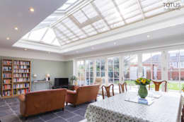 House extension and transformation, Wandsworth SW18: country Dining room by TOTUS