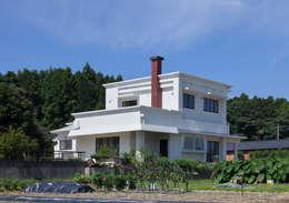 by 松本勇介建築設計事務所 / Office of Yuusuke MATSUMOTO