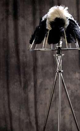 LAMPA Struś: styl , w kategorii Salon zaprojektowany przez CHOLUJ DESIGN s.c.    / ROKKI design