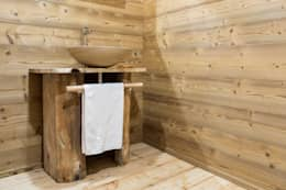 rustic Bathroom by RI-NOVO