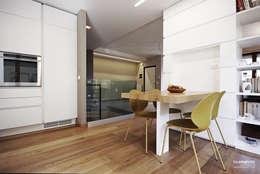 Cocinas de estilo moderno por Luca Mancini | Architetto