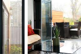 GOAStudio | London residential architecture: modern tarz Oturma Odası
