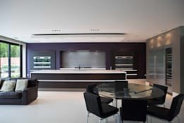 modern Kitchen by Excelsior Kitchens Limited