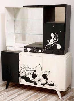 Kredens Pollock, lata 60.   : styl , w kategorii Jadalnia zaprojektowany przez Lata 60-te