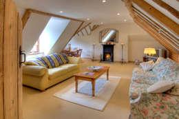 Salas / recibidores de estilo rural por Lee Evans Partnership