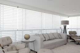 APARTAMENTO 300m2 - CASA FORTE- RECIFE-PE: Salas de estar modernas por ROMERO DUARTE & ARQUITETOS