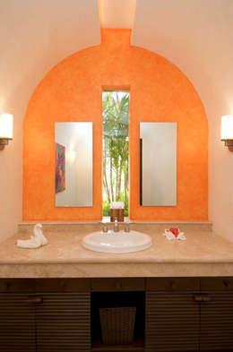 Kupuri: Baños de estilo  por BR  ARQUITECTOS