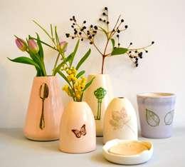 kesemy design: minimalistische Woonkamer door kesemy design