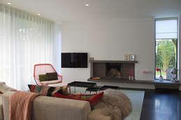 Salas de estar minimalistas por homify