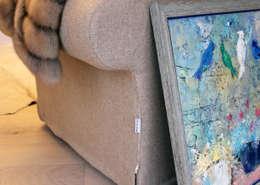 пос. Николина гора, Рублево-Успенское шоссе: Гостиная в . Автор – Дизайн-студия интерьера 'ART-B.O.s'
