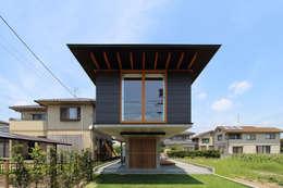 moderne Huizen door 株式会社濱田昌範建築設計事務所