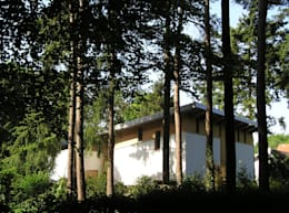 Projekty, nowoczesne Domy zaprojektowane przez Thijssen Verheijden Architecture & Management
