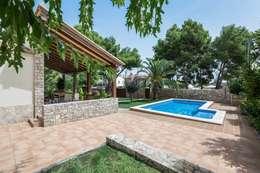 Casas de estilo rústico por LLIBERÓS SALVADOR Arquitectos