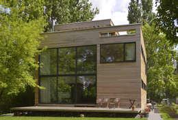 Helm Westhaus Architekten: modern tarz Evler