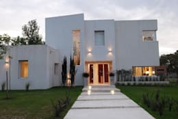Estudio de Arquitectura Clariá & Clariá: modern tarz Evler
