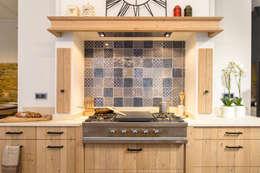 Кухни в . Автор – MJ Home