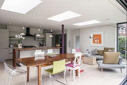 Projekty,  Jadalnia zaprojektowane przez Nic  Antony Architects Ltd